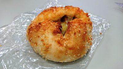チーズカレーパン|Sesto グランデュオ立川店